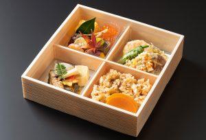 折り箱弁当四つ割り(ご飯物入り)